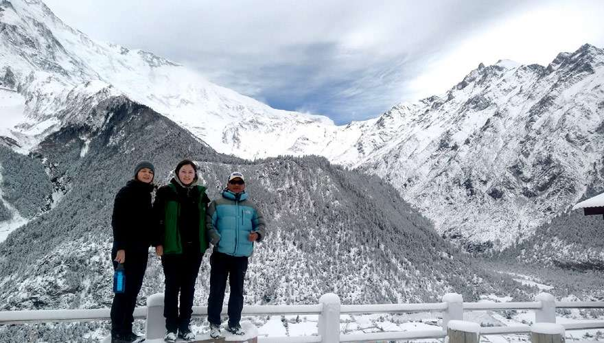 SNOW ALL ANNAPURNA